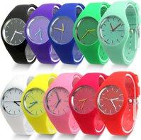 4 mẫu đồng hồ nhất thiết phải có của các bạn nữ