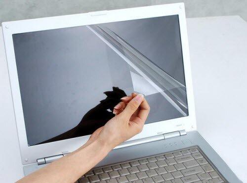 4 mẹo bảo vệ màn hình laptop đúng cách