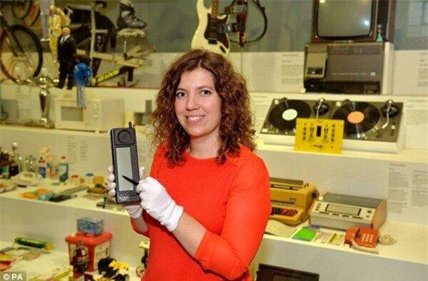 Simon - Chiếc smartphone đầu tiên trên thế giới tròn 20 tuổi