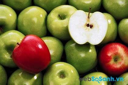 Táo là loại hoa quả có chứa sắt