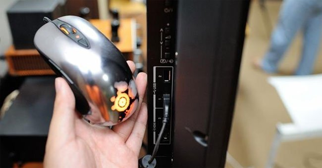điều khiển tivi bằng chuột và bàn phím