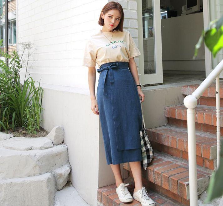 công thức phối chân váy với áo phông cho nàng công sở mùa nóng