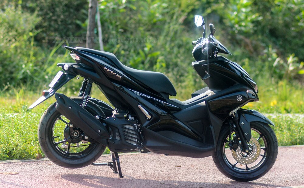 Yamaha NVX 125 sang trọng, sành điệu