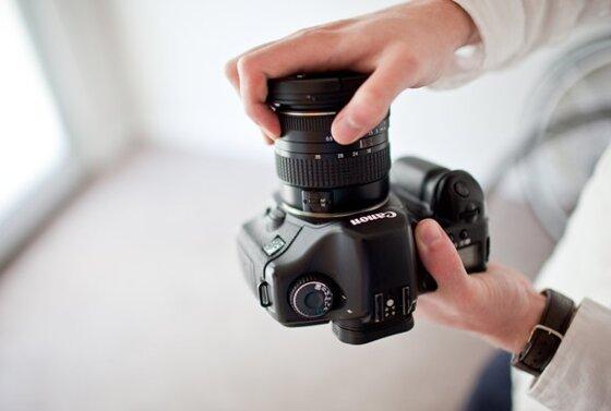 5 bước tháo lắp lens Canon đúng cách và hướng dẫn bảo quản ống kính