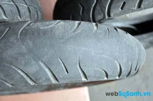 5 dấu hiệu cho thấy bạn phải thay lốp xe ngay lập tức