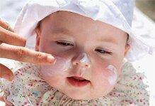 5 loại kem dưỡng ẩm tốt nhất cho bé trong mùa đông
