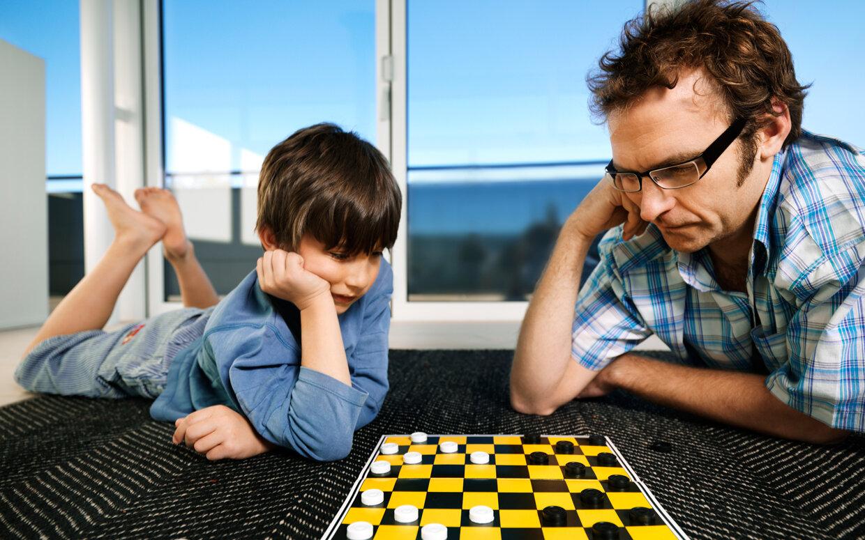 5 lý do chứng minh cha mẹ nên dành thời gian chơi cùng con cái