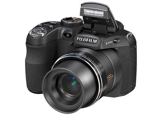 5 máy ảnh có tính năng cao cấp giá dưới 4 triệu