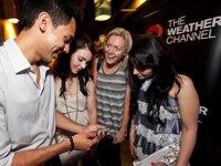 """5 smartphone hàng """"độc"""" giúp bạn nổi bật giữa đám đông"""