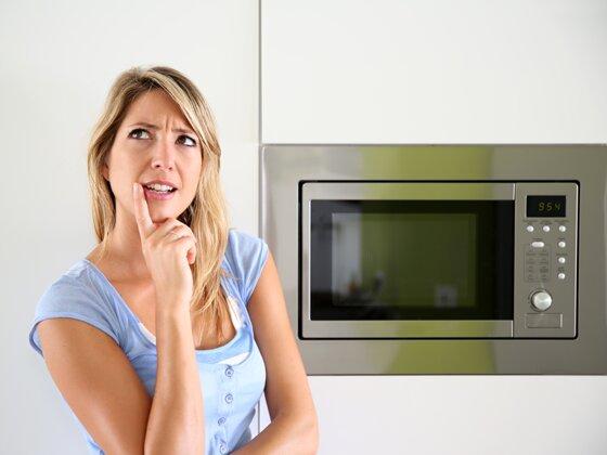 5 tiêu chí có nên dùng lò vi sóng có nướng nấu đa dạng món ăn không?