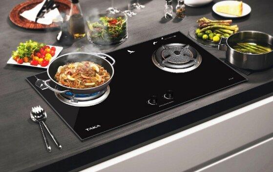 5 tiêu chí so sánh nên dùng bếp ga âm hay dương nấu ăn tốt hơn?
