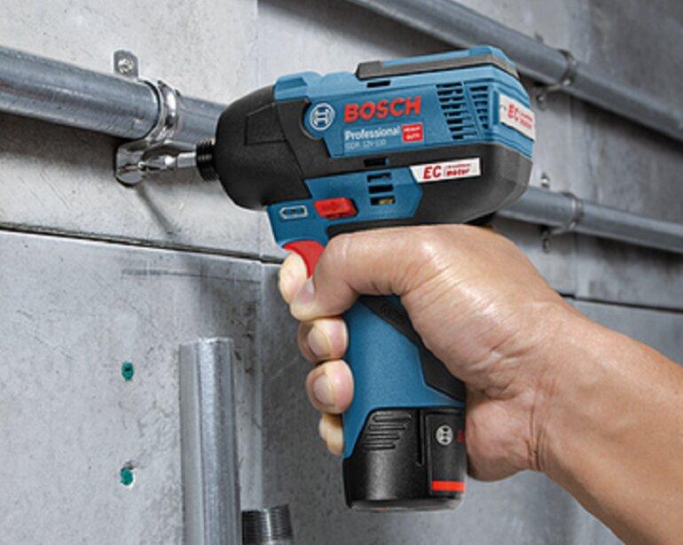 máy vặn vít dùng pin Bosch Go