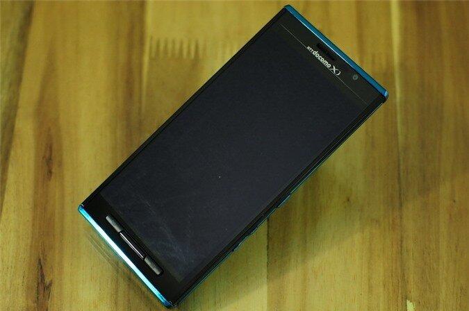 p02e blue (2).