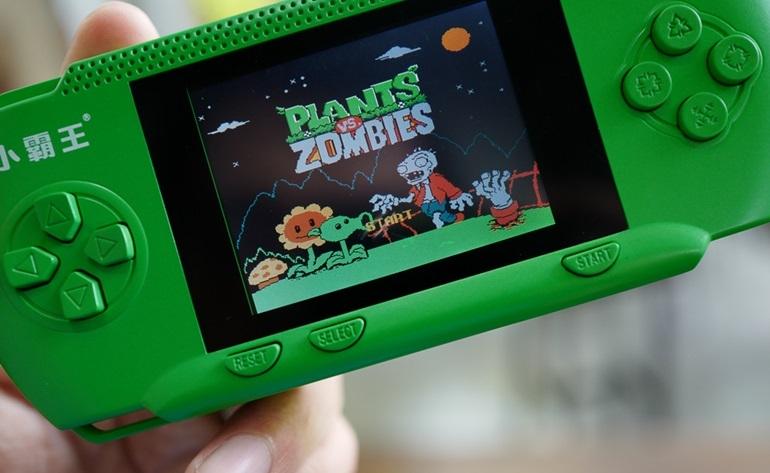 máy chơi game cầm tay rs-80