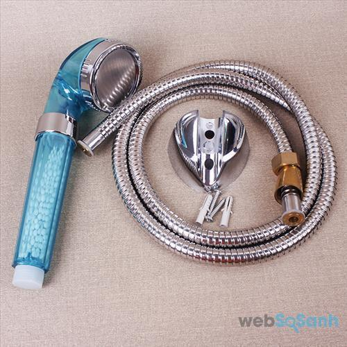 Dây nối vòi sen tăng áp rất dễ bị hư
