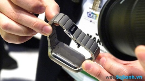 Lựa chọn Sony SmartWatch 3 phiên bản kim loại. Nguồn Internet