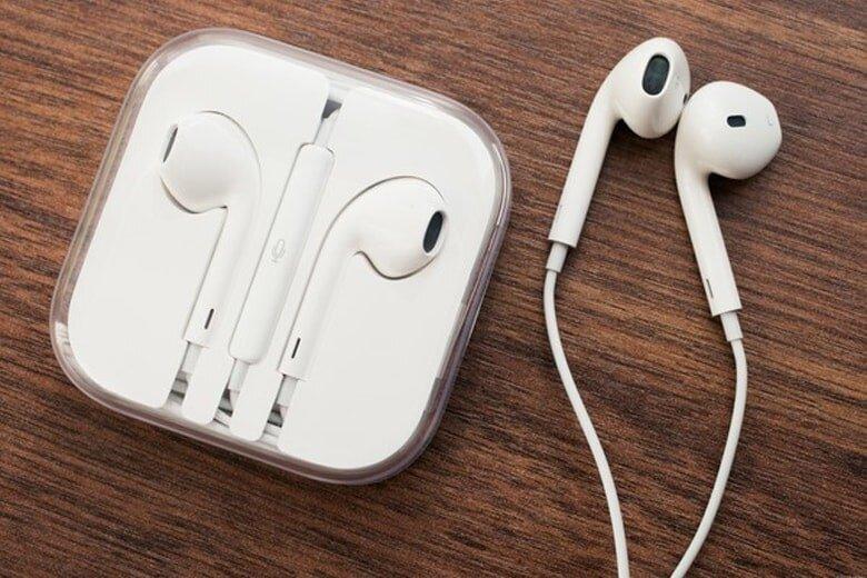 mua tai nghe Iphone 7 Plus chính hãng ở đâu