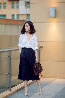6 cách kết hợp áo sơ mi trắng và chân váy đẹp cho mùa hè này
