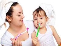 6 điều mẹ cần lưu ý khi chọn kem đánh răng cho bé