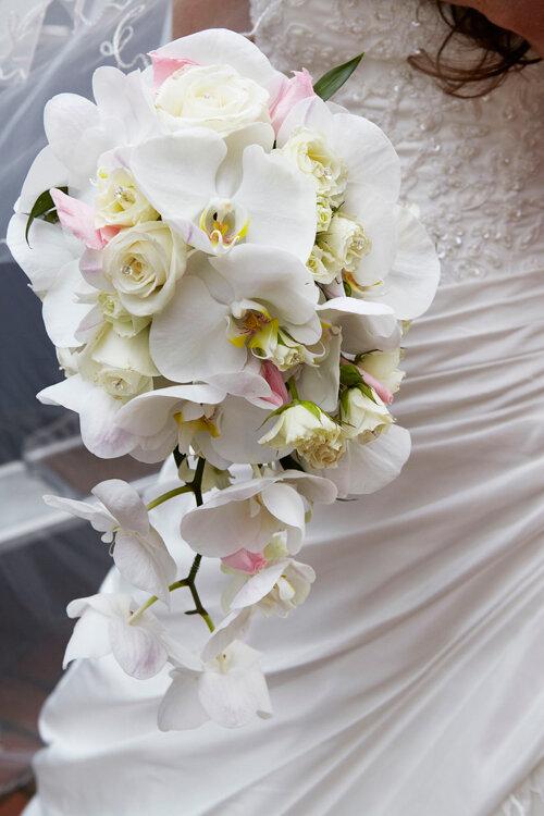 6 sai lầm cô dâu chú rể nên tránh khi chọn hoa cưới