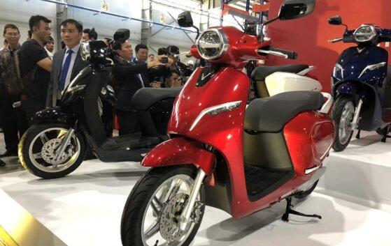 6 tiêu chí so sánh xe máy điện và xe máy xăng nên mua loại nào tốt hơn?