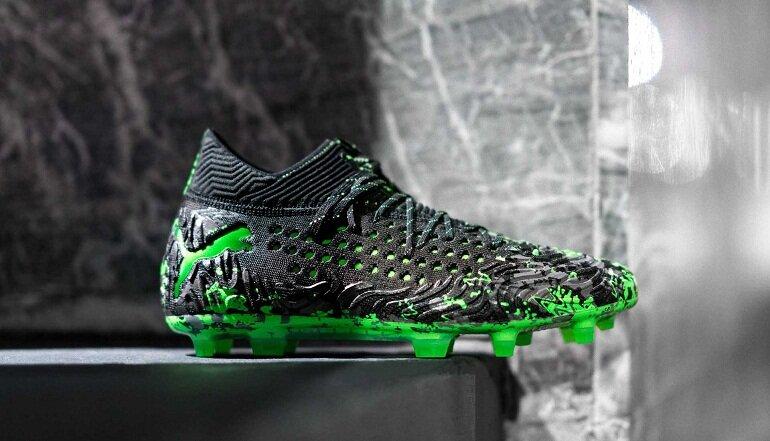 Giày đá bóng Puma có hai dòng giày chính là Puma One và Puma Future