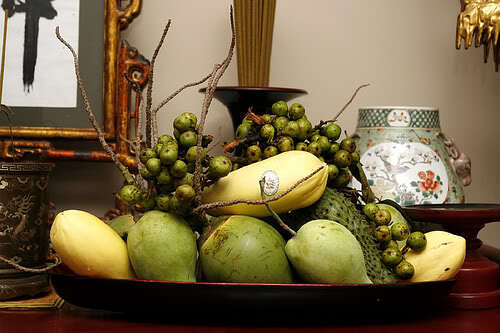 Mâm ngũ quả miền Nam thường có sung, dừa, xoài,...