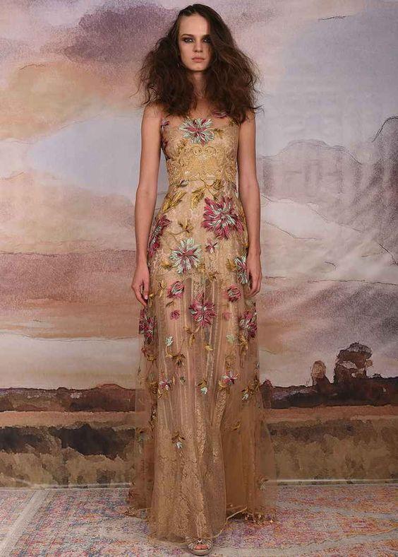 Bạn sẽ trở thành nữ hoàng với thiết kế váy cưới này
