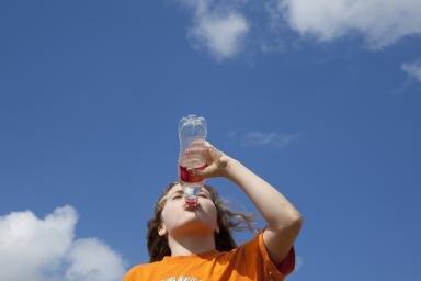7 loại đồ uống tệ hại mà con bạn có thể đang sử dụng