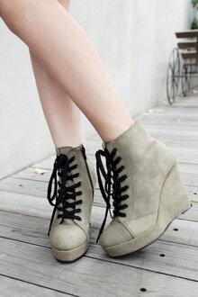 """7 mẫu giày cao gót hứa hẹn """"gây sốt"""" trong dịp Thu Đông 2015"""