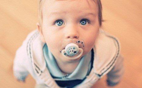 7 phương pháp cai ti giả hiệu quả cho bé mẹ nên tham khảo