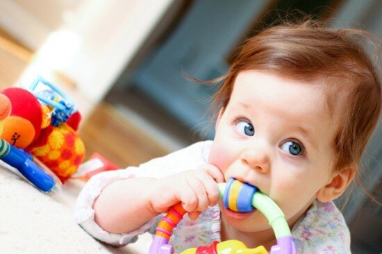 7 tiêu chí chọn đồ chơi an toàn cho bé