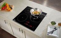 7 tiêu chí so sánh bếp từ Bosch và Chefs nên chọn mua loại nào dùng