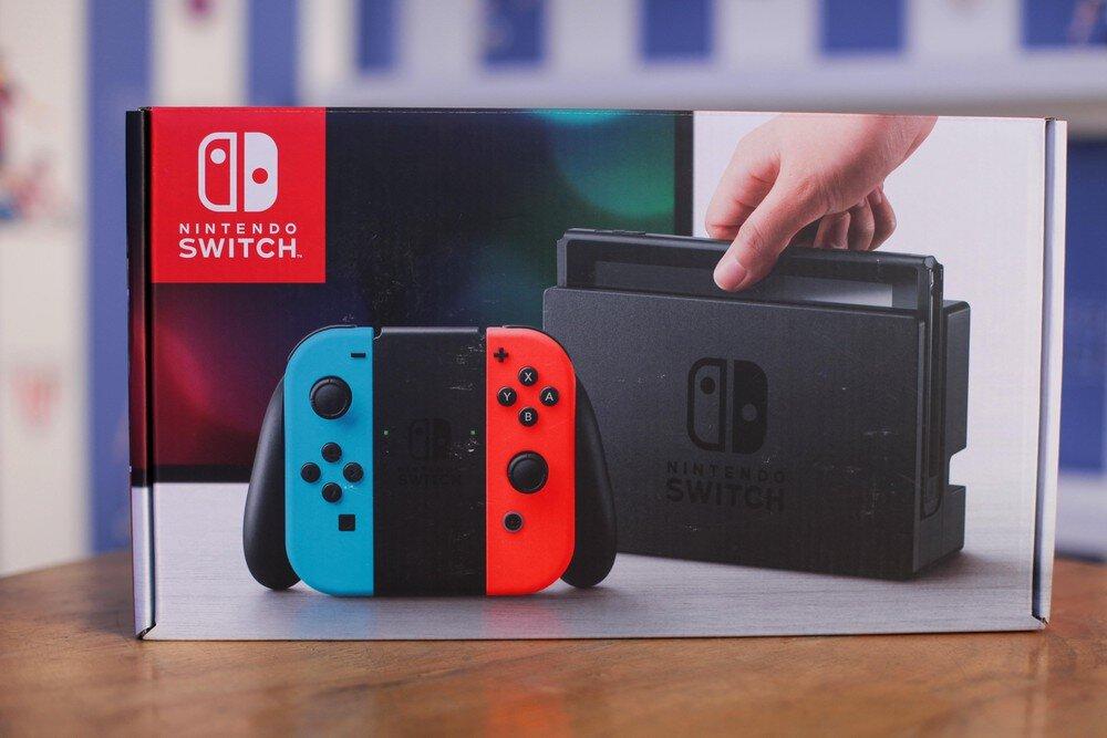 Trọn bộ máy chơi game Nintendo Switch