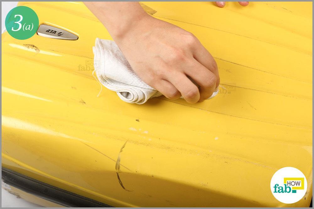 giặt vali kéo nhựa