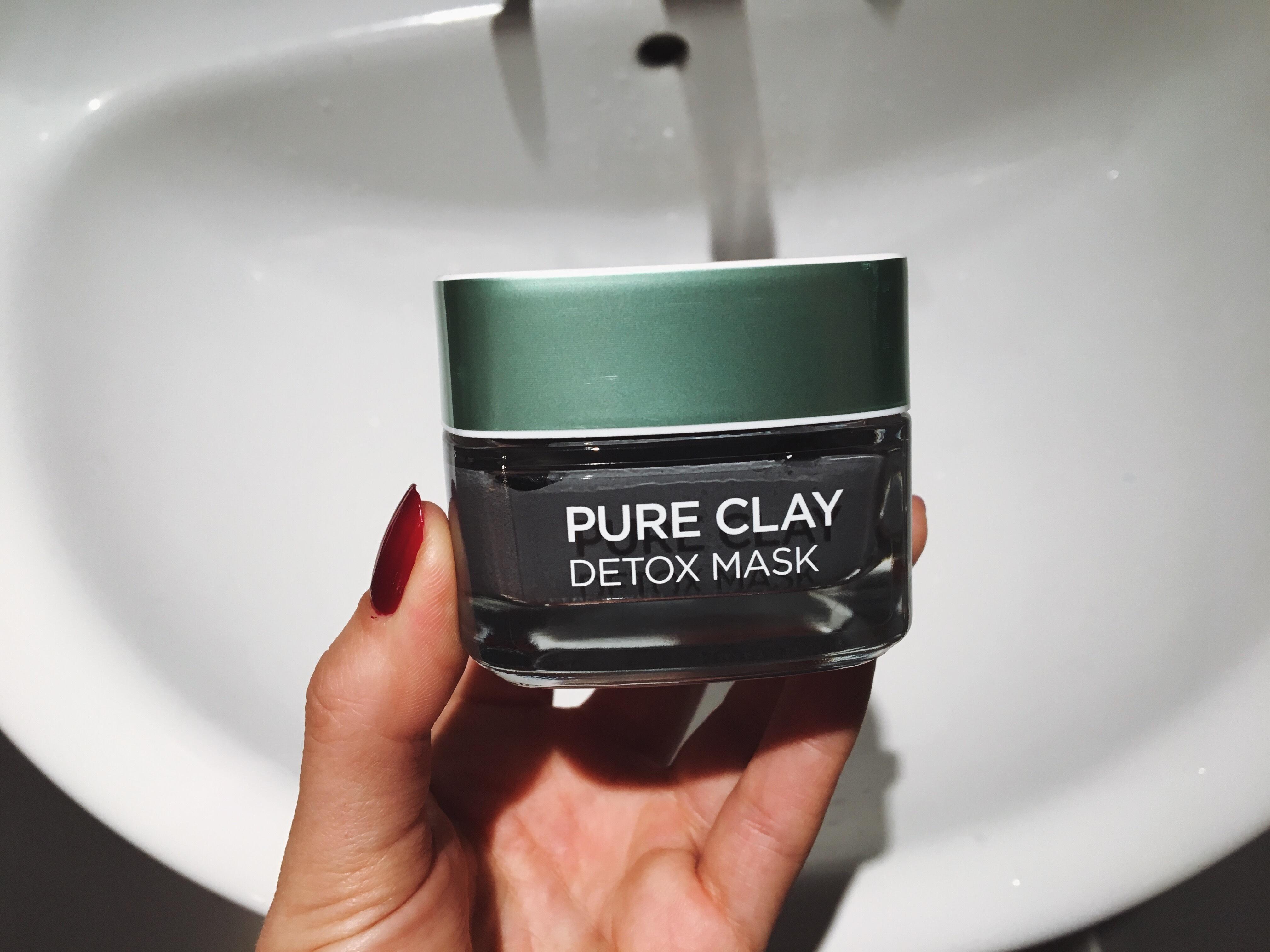 Mặt nạ thải độc L'Oréal Pure Clay Detox Mask
