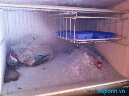 Cách xử lý tủ lạnh mini bị đóng tuyết cũng khá đơn giản
