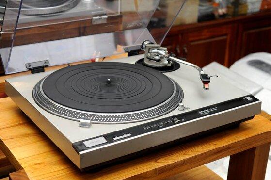 8 kinh nghiệm dùng máy nghe nhạc đĩa than tốt bền như mới