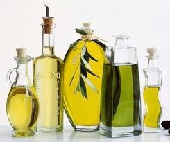 8 tác dụng làm đẹp bất ngờ của dầu Olive