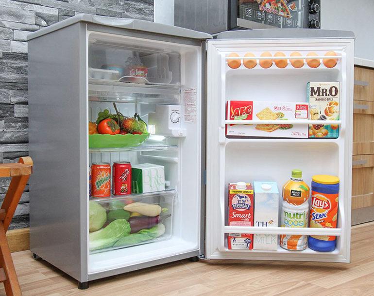 Tủ lạnh Aqua AQR 95AR 90 lít dùng có tốt không ?