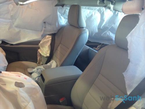 Hệ thống túi khí trên Toyota Camry 2016