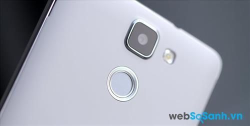 Nexus 6 (2015) sẽ được cài đặt bao gồm một máy quét vân tay tròn giống như trên Mlais M7.