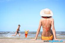 9 loại mỹ phẩm các nàng nhất định phải mang theo khi đi biển