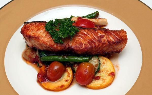 9 loại thực phẩm giải nhiệt cho bé yêu mùa hè