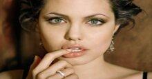 9 thỏi son giúp nàng sở hữu đôi môi căng mọng và quyến rũ
