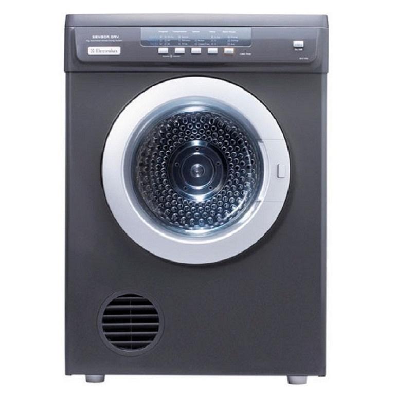 cách sử dụng máy sấy quần áo electrolux