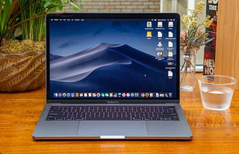 Macbook pro 13 inch -3
