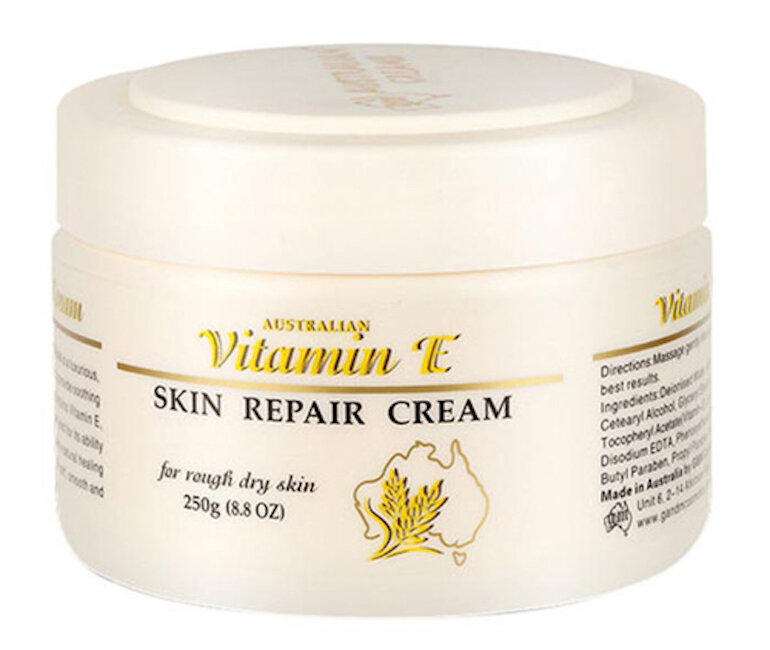 Vitamin E có vai trò rất lớn trong việc làm đẹp da
