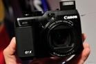 Trên tay máy ảnh Canon G1X