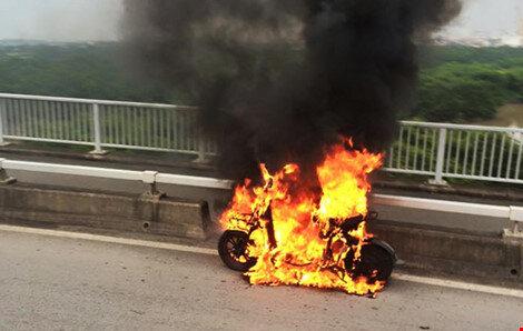 Ắc quy xe đạp điện bị cháy nổ – nguyên nhân và biện pháp phòng tránh